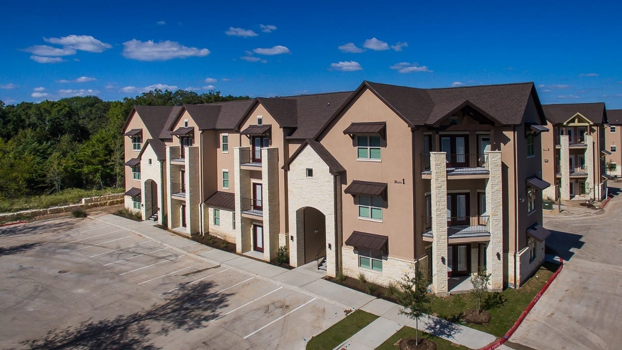 New Luxury Apartments U2013 The Ranch At Riverside Parkway U2013 Large 1 Bedroom  Apartments In Bryan/College Station Near Medical School