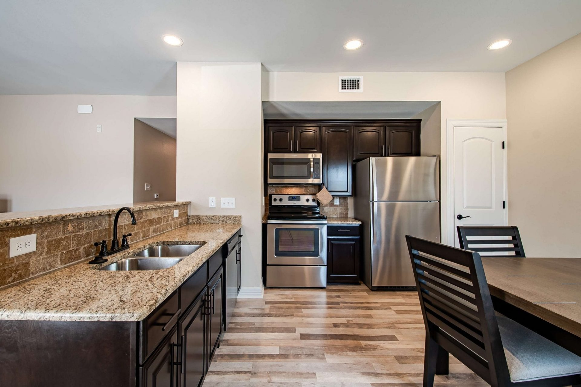 Luxury Living Condo near the Texas A&M Health…